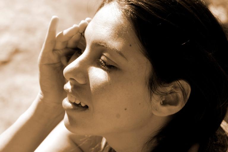 retratos_sepia_laura